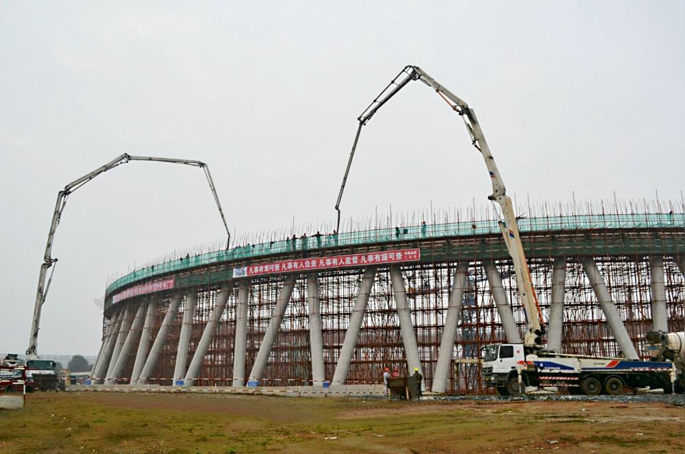 皖能铜陵电厂六期工程自然通风冷却塔环梁第一节开始